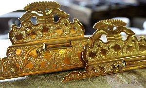 仏具の金メッキ加工
